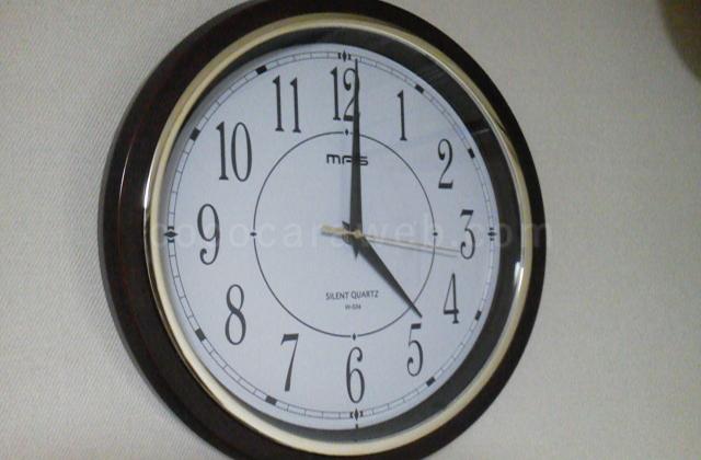 掛け時計のうるさい秒針を静かにする修理完了