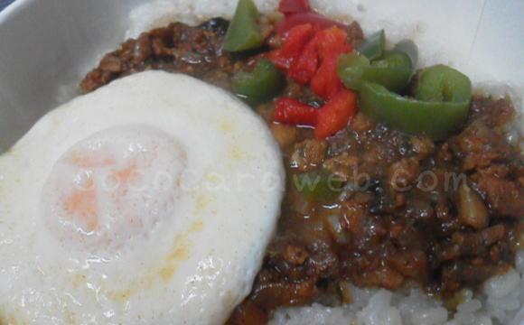 オーマイの冷凍「ガパオライス タイ風鶏肉のバジル炒め」